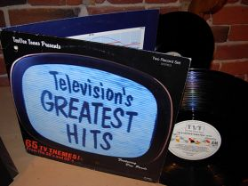 TELEVISIONS GREATEST HITS 65  THEMES 50-60s - Jetsons - Beverly Hillbillies - Munsters